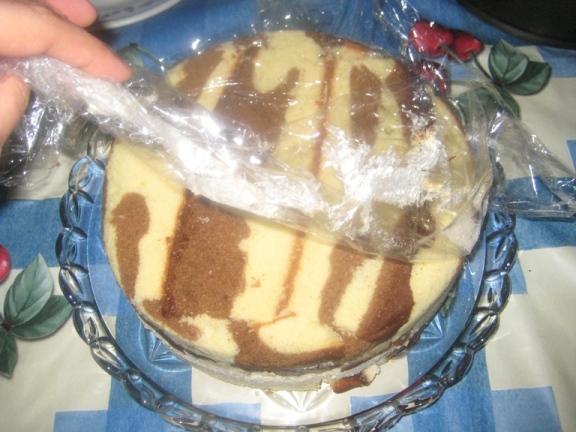 برگردوندن تو ظرف کیک