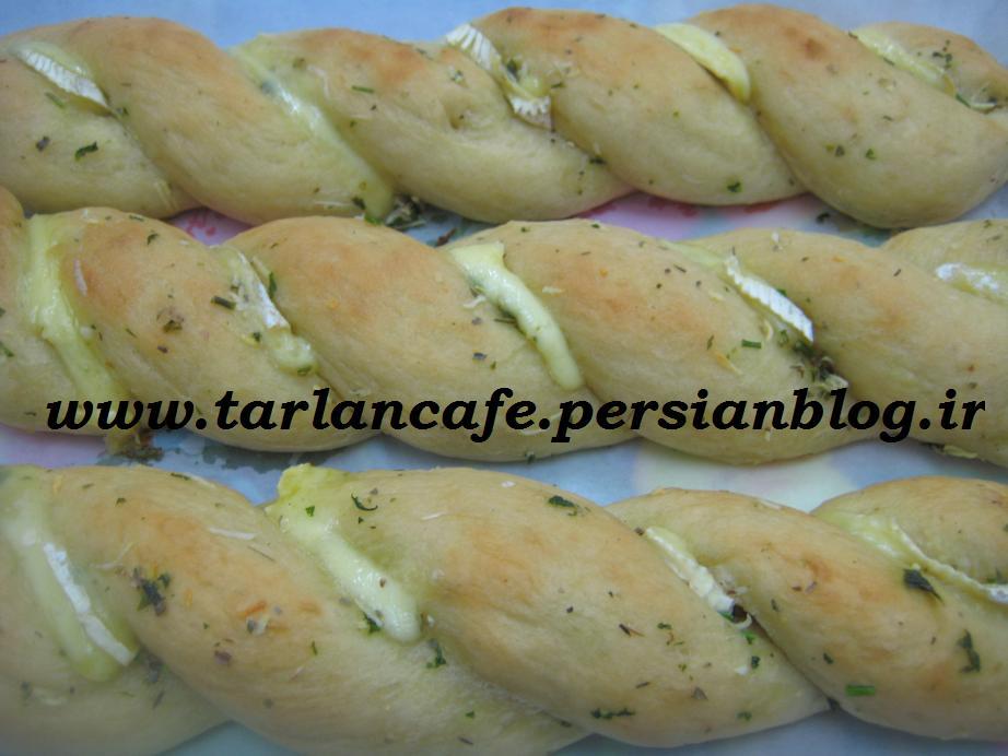 نان گیس باف سیر و پنیر - ترلان کافه